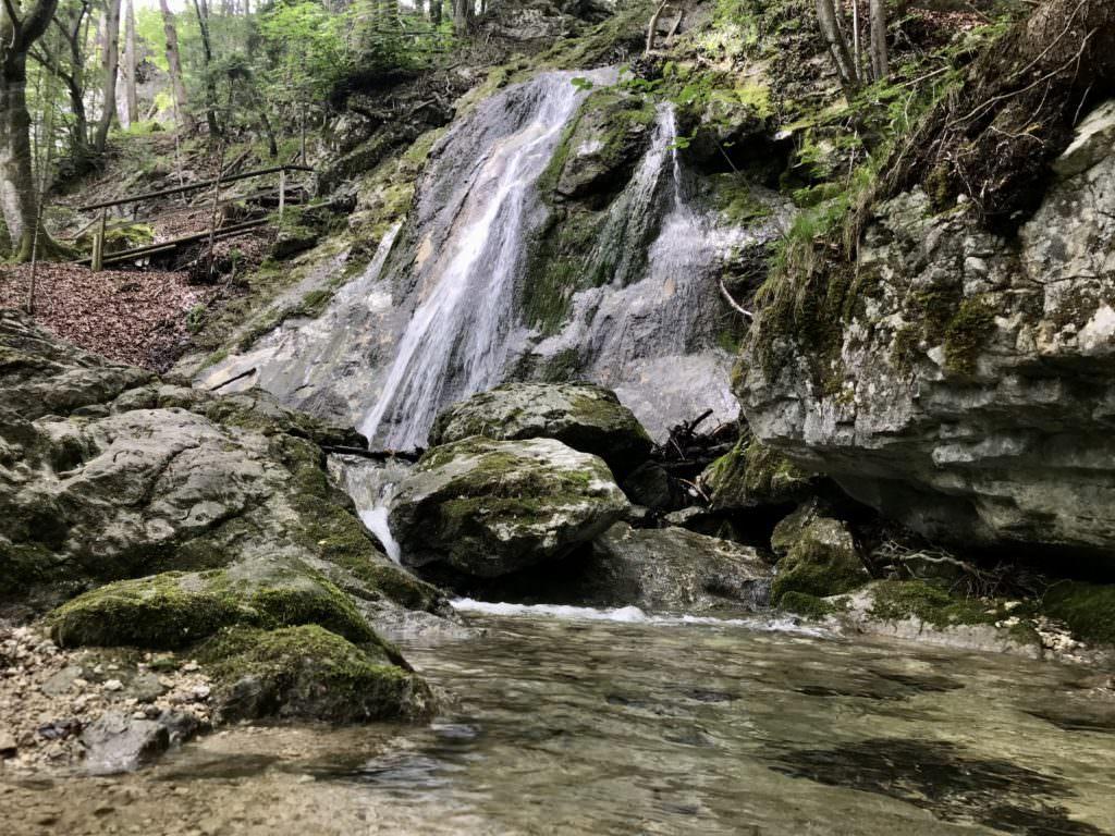 Oberaudorf wandern - durch die Wolfsschlucht entlang der Wasserfälle